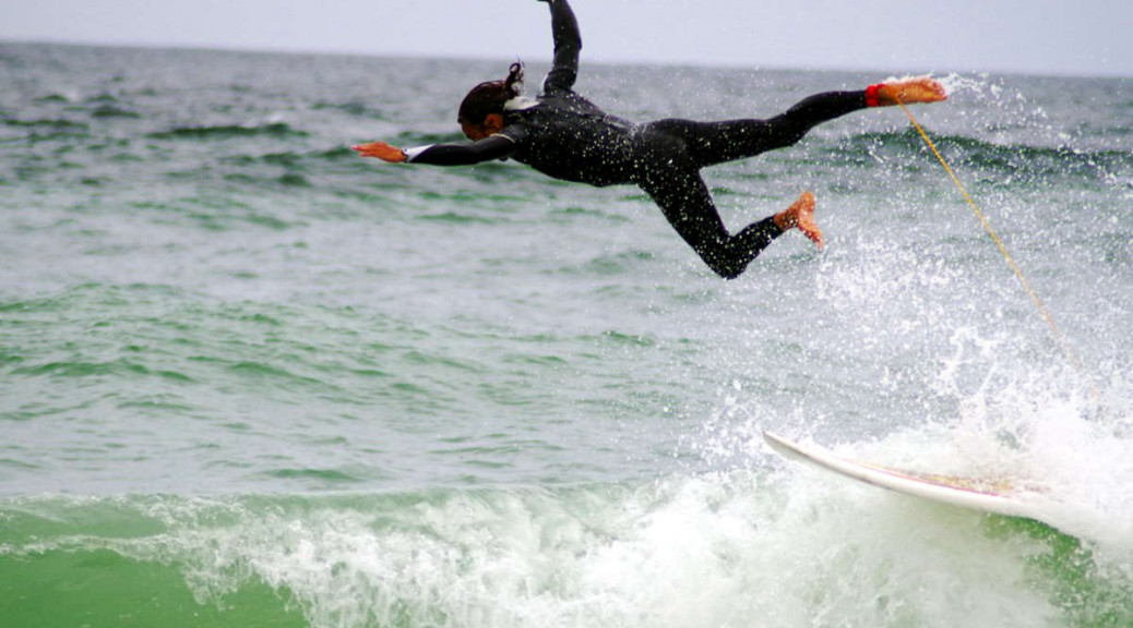 Cornish surfer epic fail wipeout